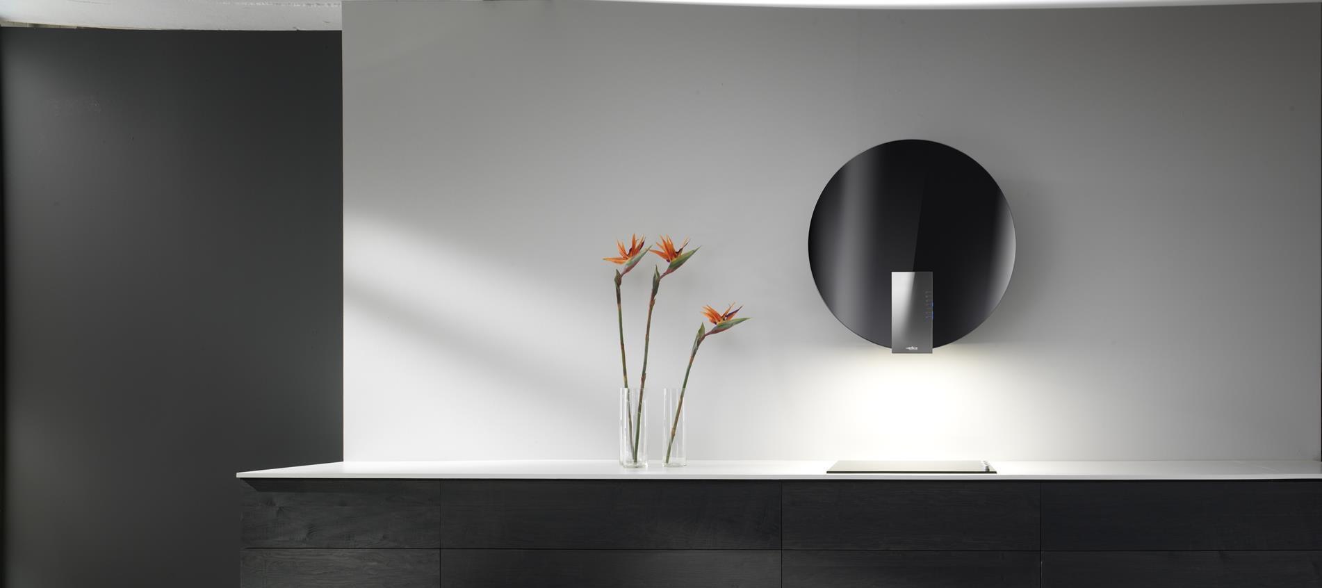 Coifa de parede Elica Space Black.