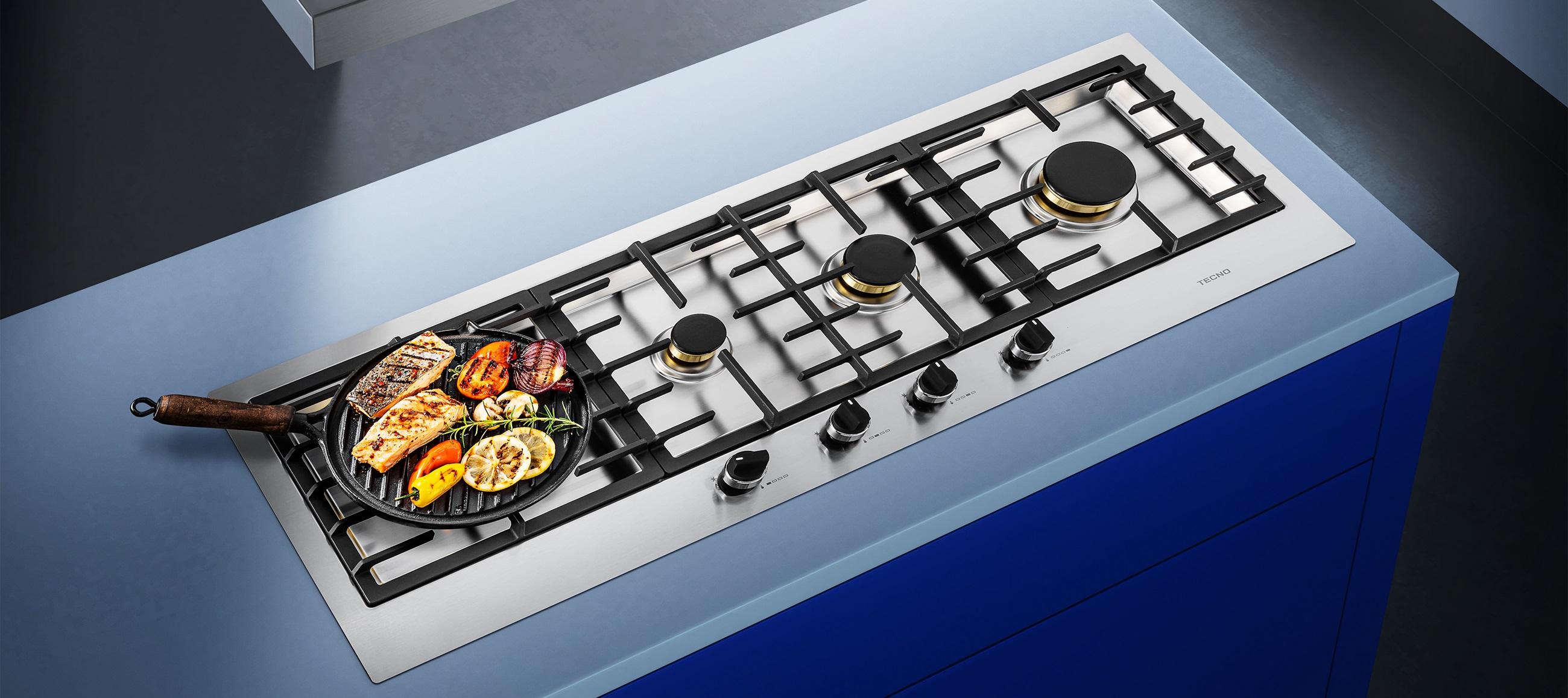 Cooktop Tecno TH11 GX4 com mesa semi-filo em inox.