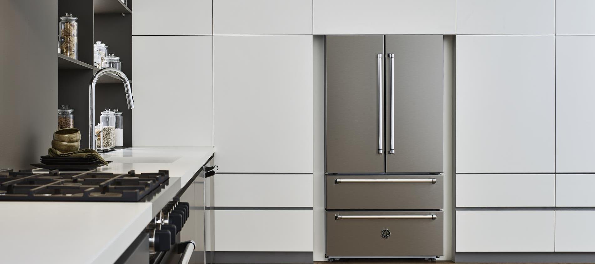 Refrigerador de piso e de embutir Bertazzoni MAS REF90.